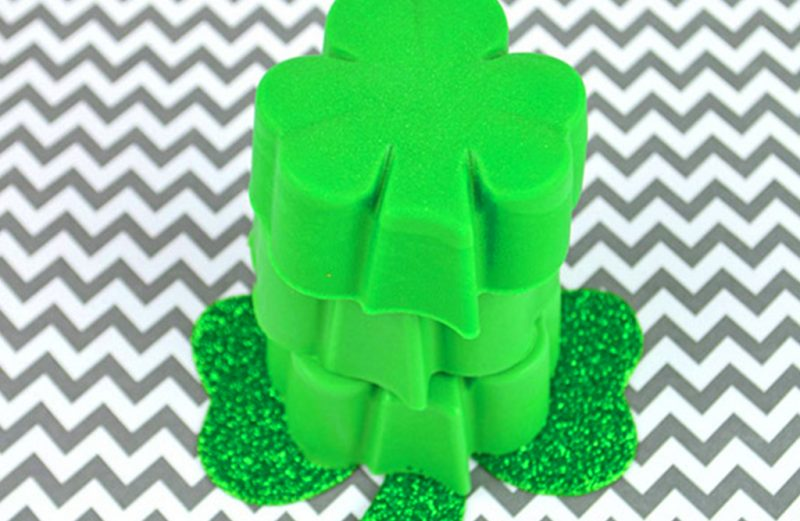 MAKE SHAMROCK SOAPS FOR ST. PATRICK DAY