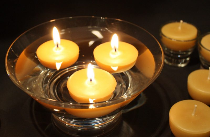 The Benefits of Burning Beeswax Candles